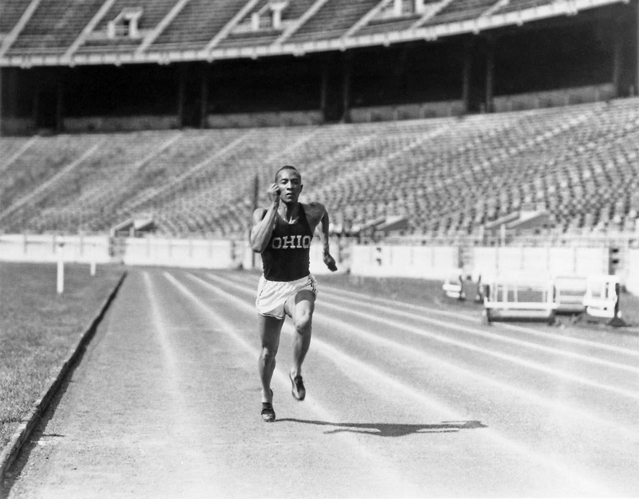 Jesse Owens még murván versenyzett.