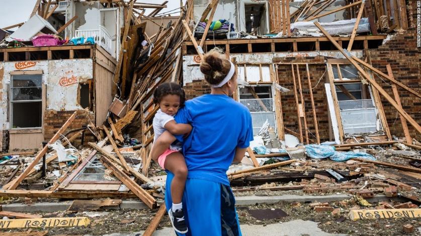 A Harvey hurrikán pusztítása Rockportban (Texas) forrás: cnn.com