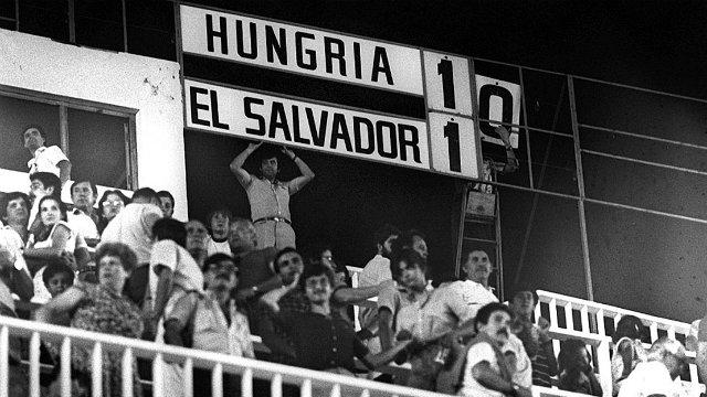 Magyarország - El Salvador 10:1  Az utolsó Magyar válogatott,amelyik még tudott gólt rúgni!  Nyilasi Tibor,Fazekas László,Törõcsik András,Sallai Sándor,Garaba Imre,Bálint László