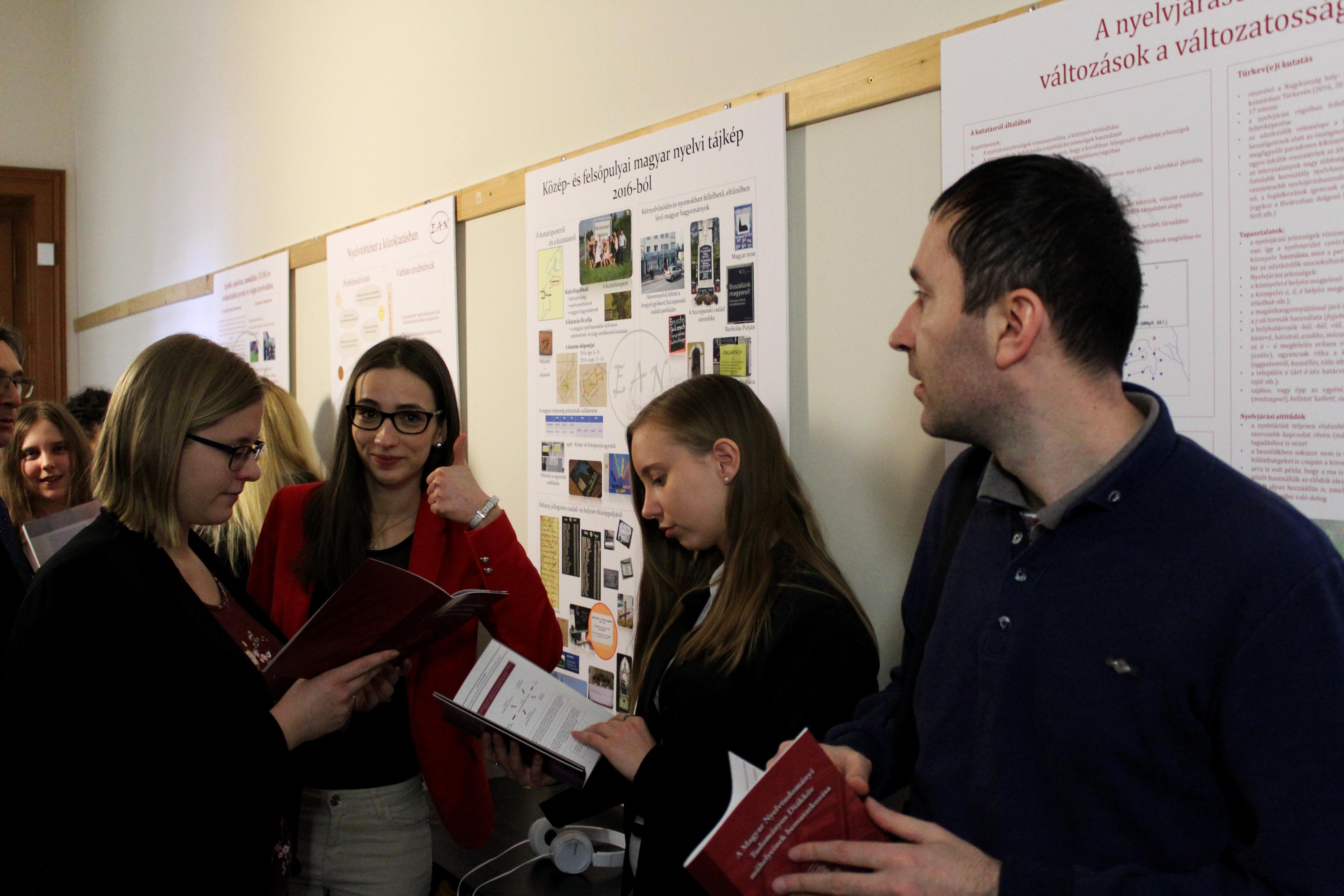 A Savaria Nyelvtudományi Diákműhely az Egyetemi Anyanyelvi Napokon (18)