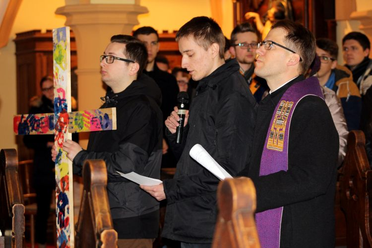 Nagyböjti lelkigyakorlat a II. János Pál Katolikus Szakkollégiumban (16)