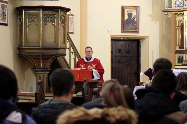 Nagyböjti lelkigyakorlat a II. János Pál Katolikus Szakkollégiumban (22)