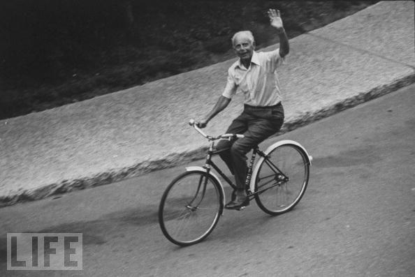 Selye minden reggel úszott, vagy egy órán át biciklizett az egyetem körül