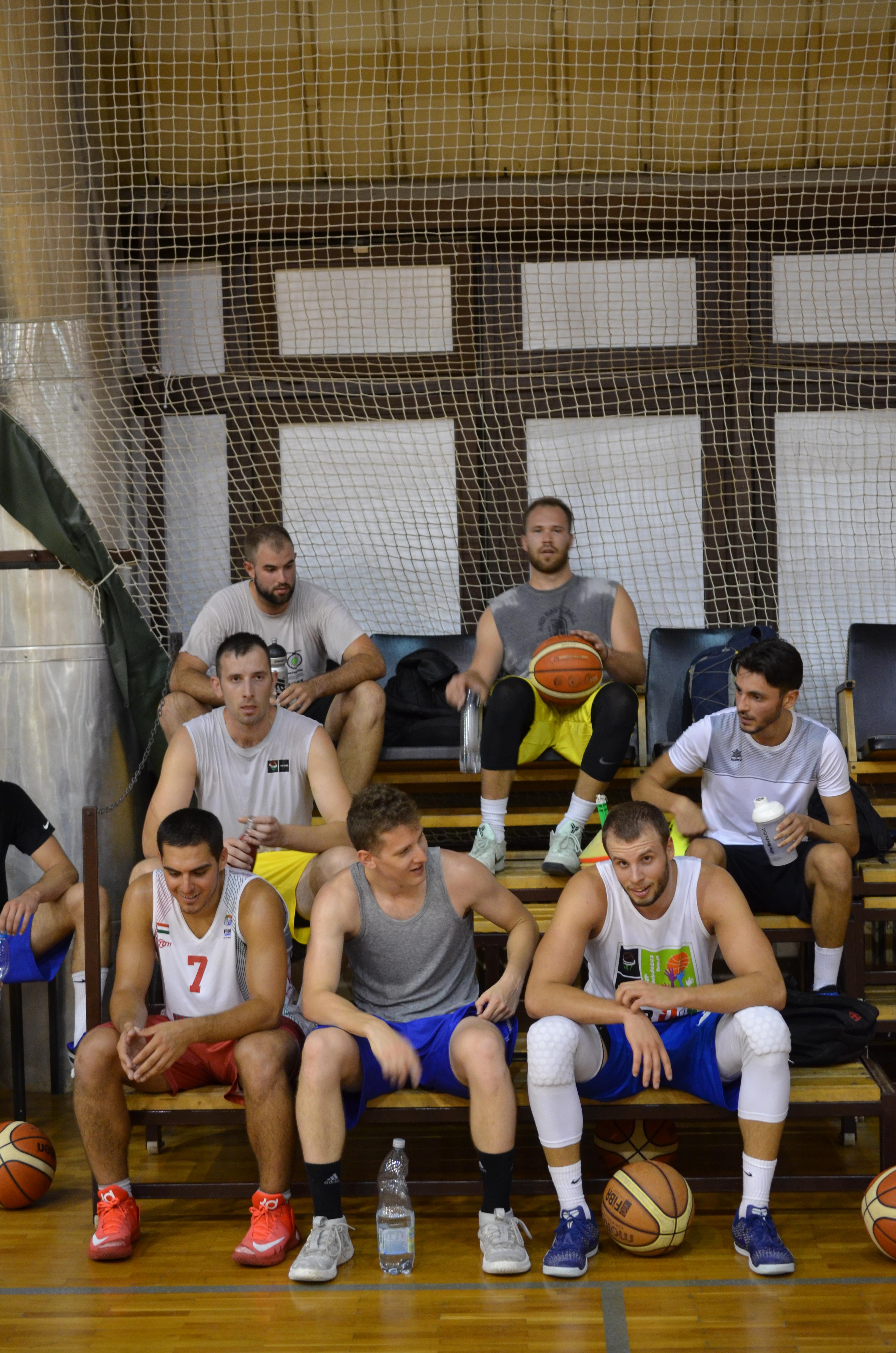 Kéri Péter legénysége napi két edzéssel készül az új szezonra Fotó: Kéri Péter