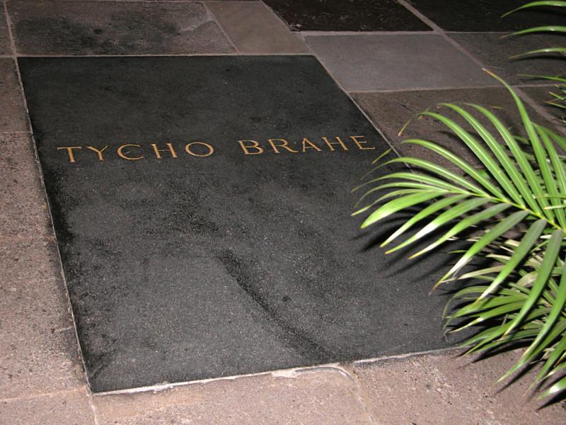 Tycho Brahe prágai sírja