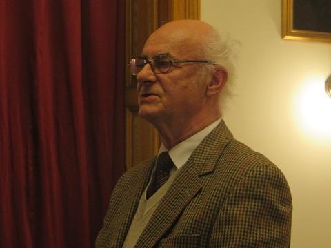 Kiss Jenő nyelvész, akadémikus, az ELTE professor emeritusa Széchenyi-díjat kapott