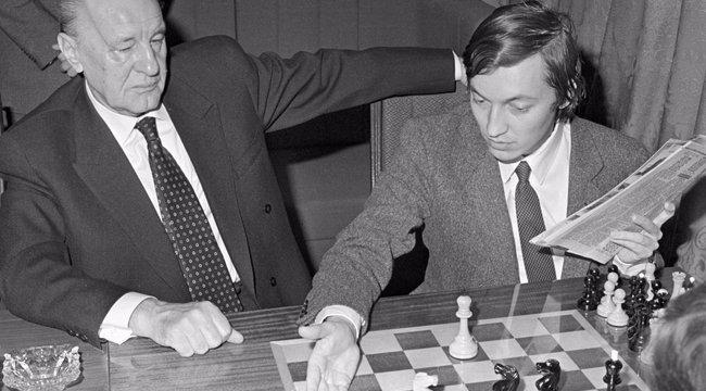 Kádár János és a sakk
